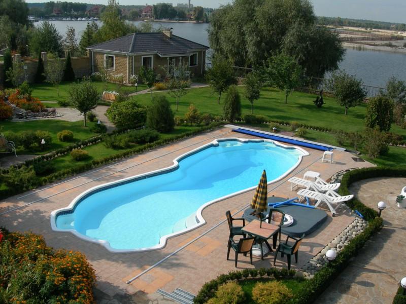 коллаж — виды бассейнов